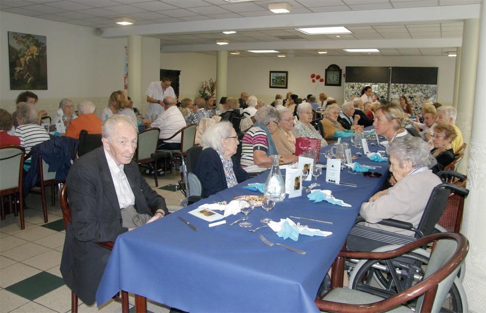 Maisons de retraite ehpad fondation sainte marie douai for Aide maison retraite