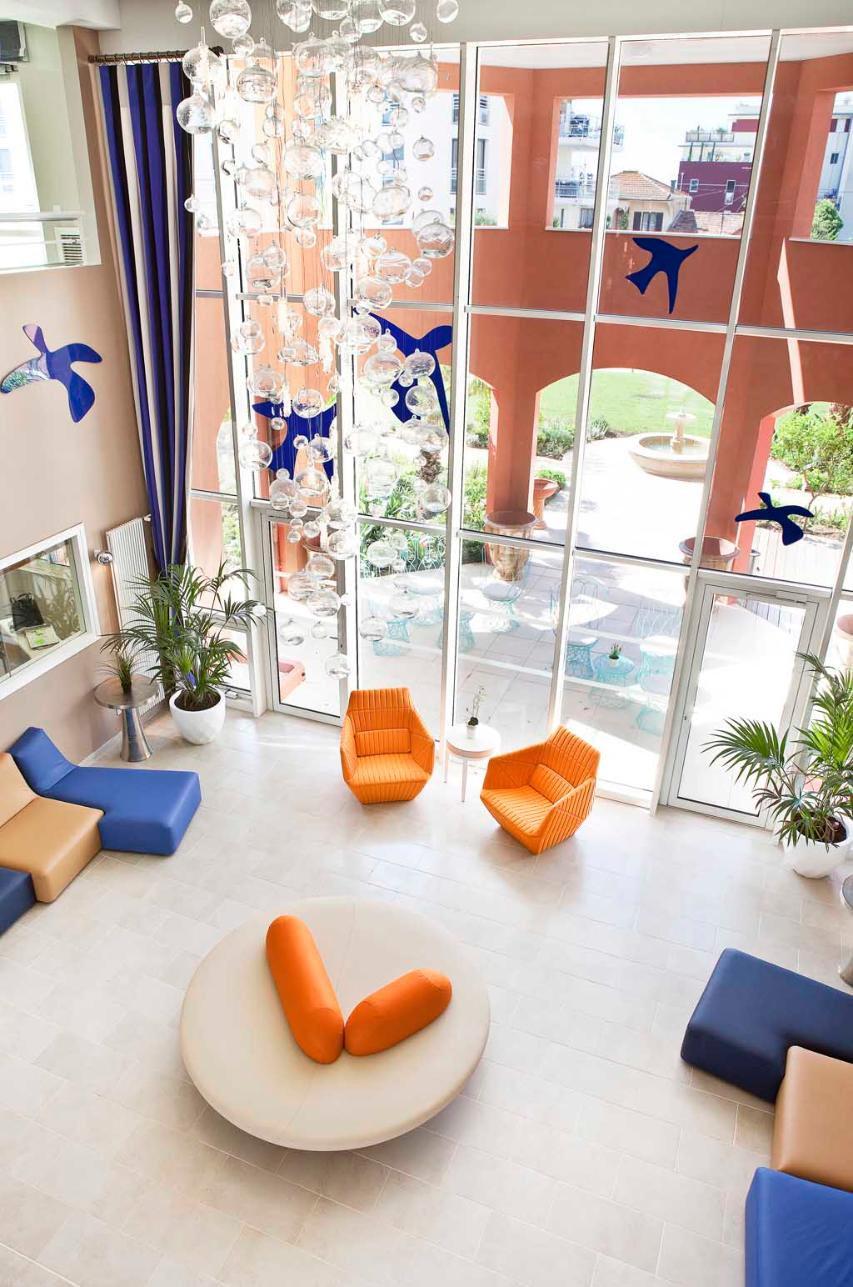 guide des maisons de retraite pierre henri bouchacourt signe un nouvel ehpad avec la r sidence. Black Bedroom Furniture Sets. Home Design Ideas