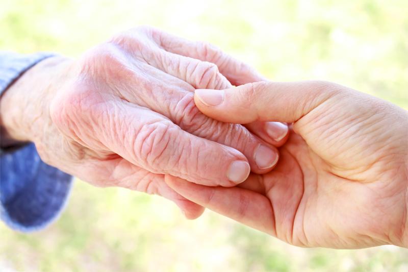 Projet de loi relatif l adaptation de la soci t au for Aide personnes agees maison retraite