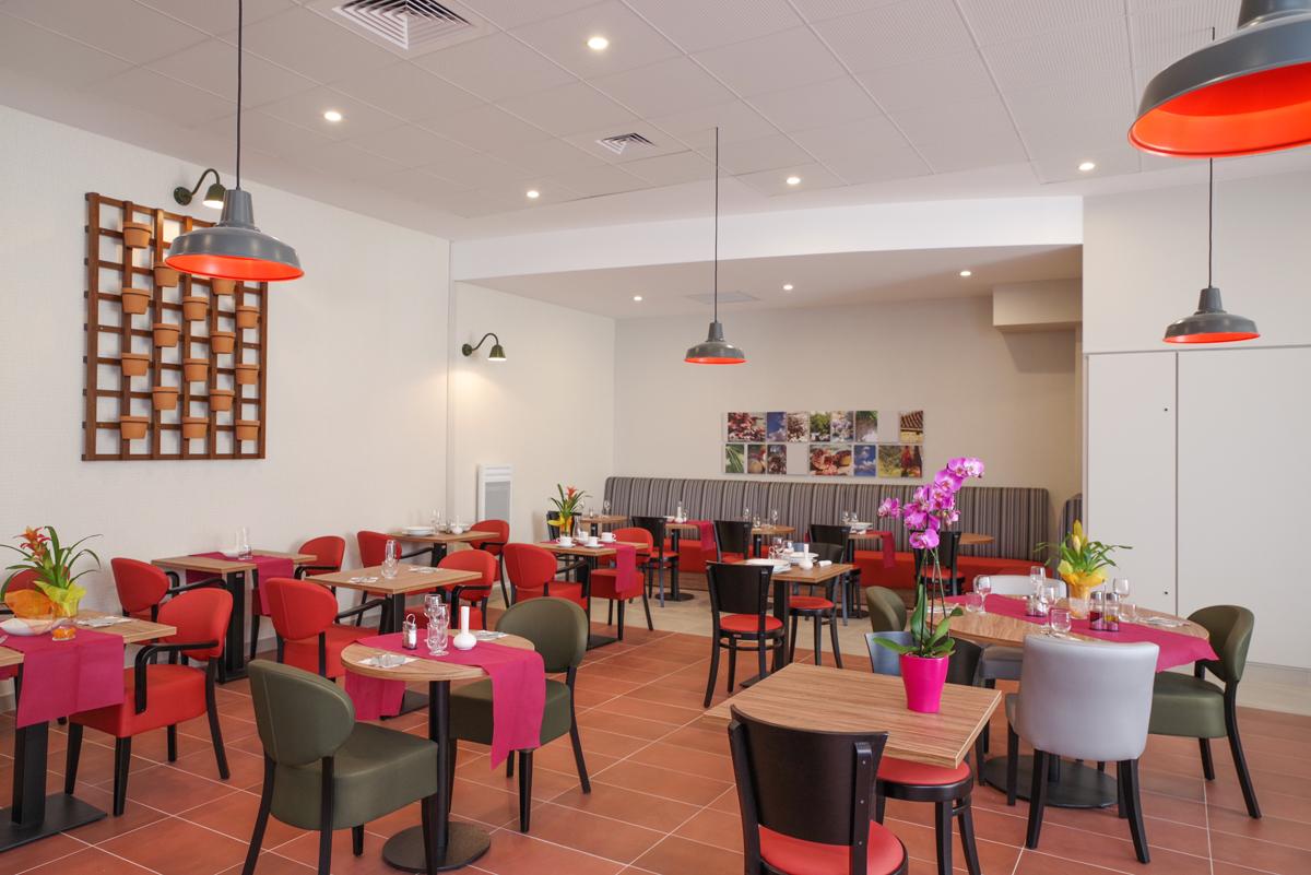 R sidence service r sidence le clos des remparts for Restaurant le jardin du cap