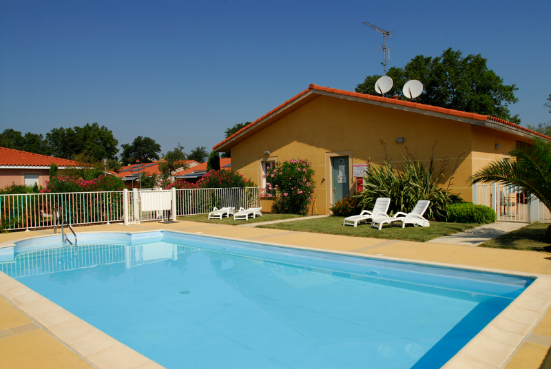 R sidence service r sidence les senioriales de perpignan for Hotel perpignan avec piscine