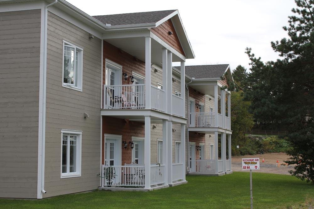 logement personnes ag es logement senior ailleurs zoom sur une coop rative pour a n s au qu bec. Black Bedroom Furniture Sets. Home Design Ideas